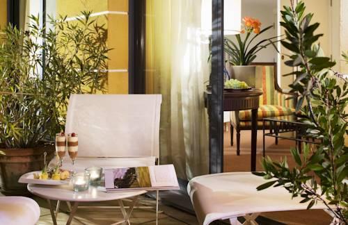 Avignon Grand Hotel : Hotel near Avignon