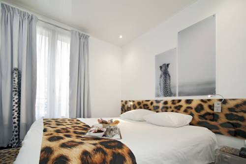 INTER-HOTEL Rueil Centre : Hotel near Rueil-Malmaison