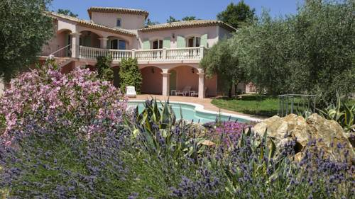 Villa Floralis : Guest accommodation near Saint-Cézaire-sur-Siagne