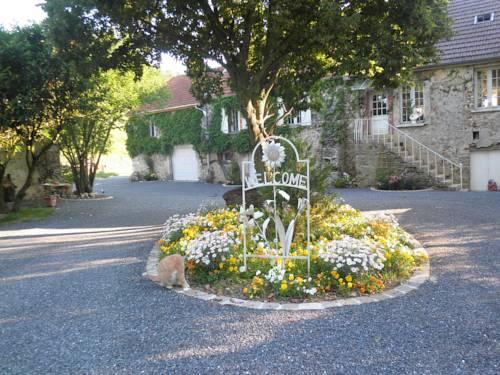 Domaine du Moulin de l'Etang : Bed and Breakfast near Vézilly