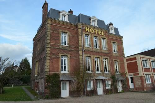 Hôtel au Château Blanc : Hotel near Moulineaux