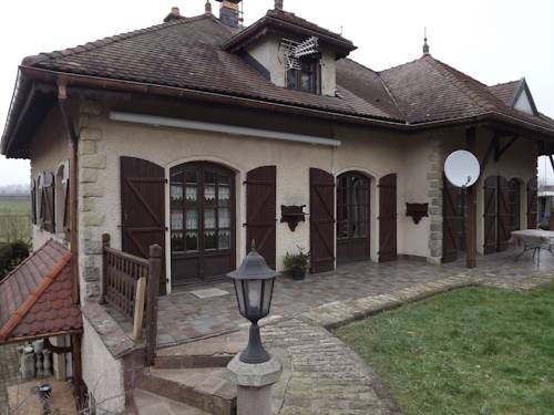 La Pleignetude : Bed and Breakfast near Mollans