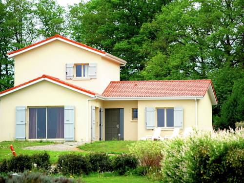 Holiday Home Vienne Saint Junien : Guest accommodation near Javerdat