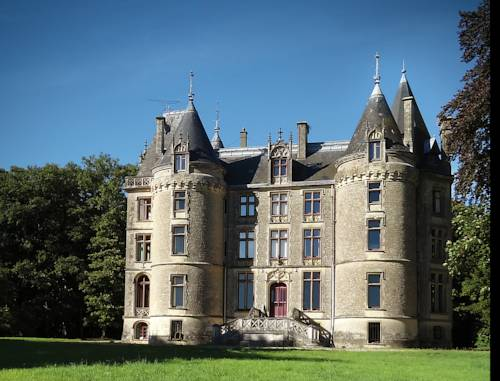 Chateau Isle Marie - B&B : Bed and Breakfast near Amfreville