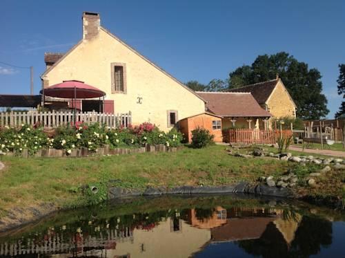 Chambre d'Hôtes du Domaine de la Haute Poignandiere : Bed and Breakfast near Appenai-sous-Bellême