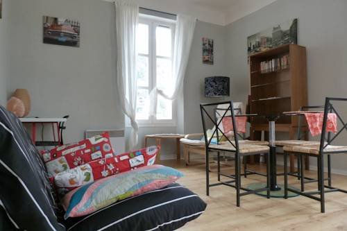 Gambetta Apartments : Guest accommodation near La Robine-sur-Galabre