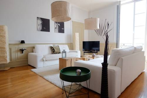 Appartements Bellecour - Riva Lofts & Suites : Apartment near Lyon
