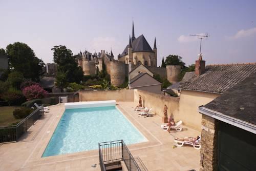 Hotel Spa Le Relais Du Bellay : Hotel near Antoigné