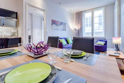 Couleur Pourpre : Apartment near Lyon 1er Arrondissement