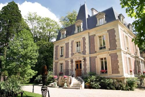 Les Jardins d'Epicure : Hotel near Bray-et-Lû