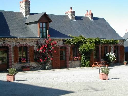 La Roulais : Bed and Breakfast near Armaillé