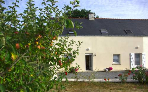 La Simonaie : Bed and Breakfast near Béganne