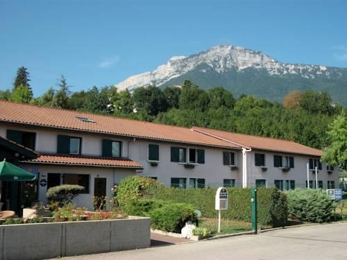 Kyriad Grenoble Sud - Seyssins : Hotel near Seyssinet-Pariset