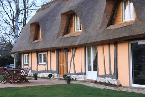Gîte La Chaumière de Saint-Éloi : Guest accommodation near Villez-sur-le-Neubourg