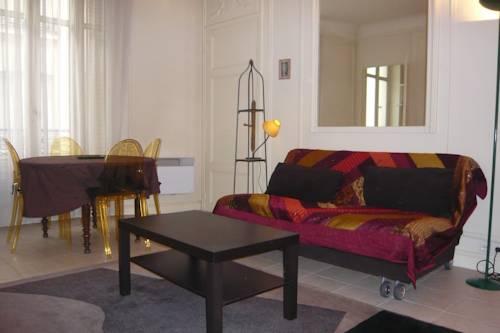 Parisian Home - Appartements Grand Boulevards, Musée Grevin : Apartment near Paris 9e Arrondissement