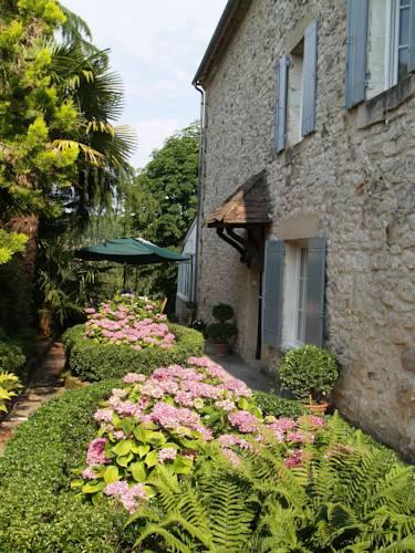 Les Hortensias : Bed and Breakfast near Monpazier