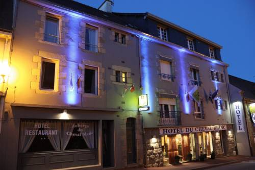 Auberge Du Cheval Blanc : Hotel near Baud
