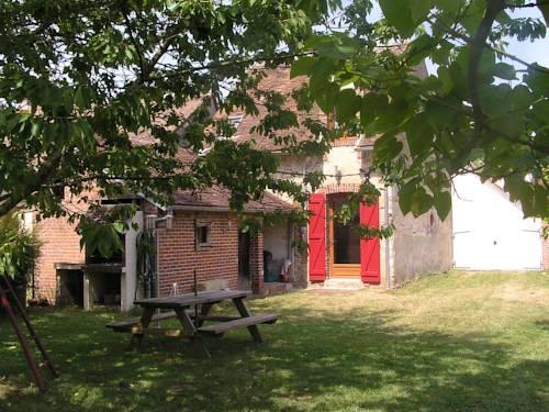 Gîte de Lavau : Guest accommodation near Arquian