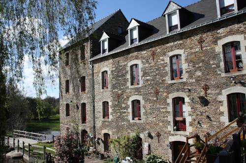 Moulin de la Beraudaie : Bed and Breakfast near Bohal