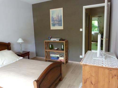 Chez Sylvie, Chambre chez l'habitant : Guest accommodation near Tassin-la-Demi-Lune
