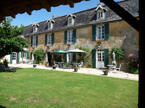 La Vieille Cure : Guest accommodation near Romagne