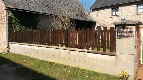 Gite La Vigne : Guest accommodation near Alligny-en-Morvan