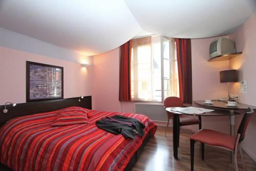 Le Saint Georges : Hotel near Loir-et-Cher