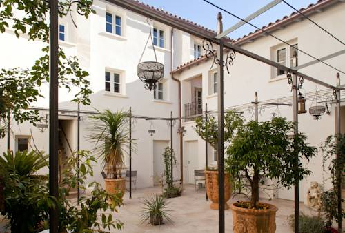 Aux Augustins : Apartment near Avignon