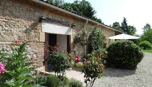 La Cascade de Hauterive : Bed and Breakfast near Sainte-Livrade-sur-Lot