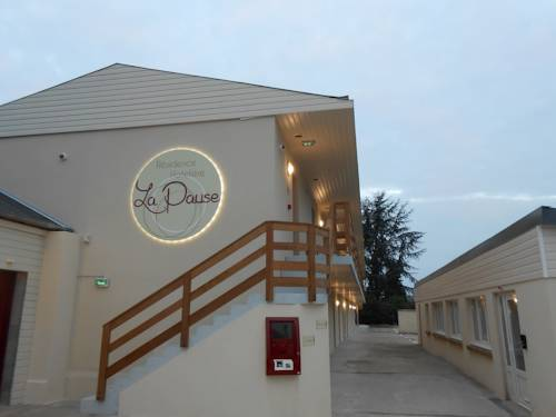 La Pause : Hotel near Corneuil
