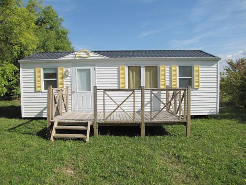 La Ferme de L'Avenir : Guest accommodation near Bellegarde