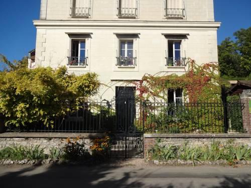 Le Clos de l'Eglise : Guest accommodation near Port-Villez