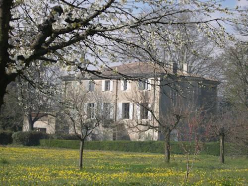 Le Clos de La Chardonnière : Bed and Breakfast near Cruas