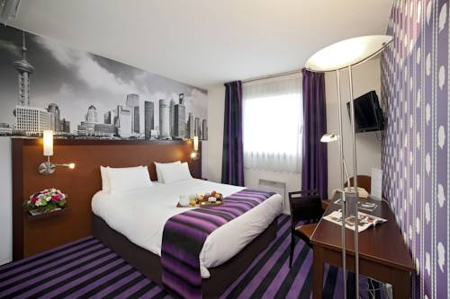 Qualys - Hotel Nanterre - Paris la Défense : Hotel near Carrières-sur-Seine