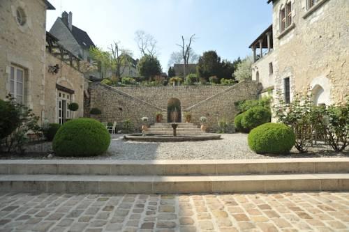 Demeure des Vieux Bains : Bed and Breakfast near Gouaix