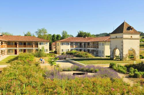 Résidence Goélia Aquaresort : Guest accommodation near Andiran