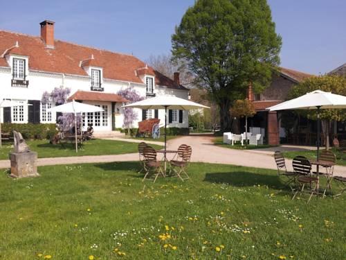 Domaine Les Gandins : Guest accommodation near Le Mayet-d'École