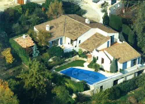 Maison d'hôtes Escale d'Azur : Bed and Breakfast near Gattières