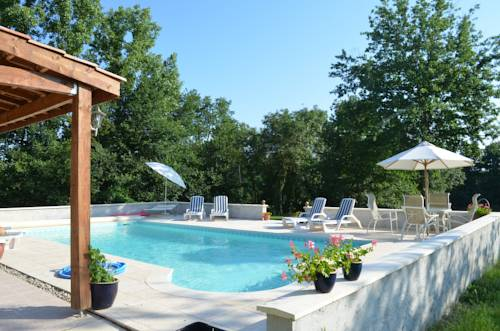 Chez Launey : Bed and Breakfast near Auriac-sur-Dropt