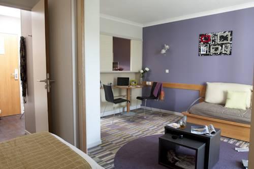 Aparthotel Adagio Paris Buttes Chaumont : Guest accommodation near Pantin
