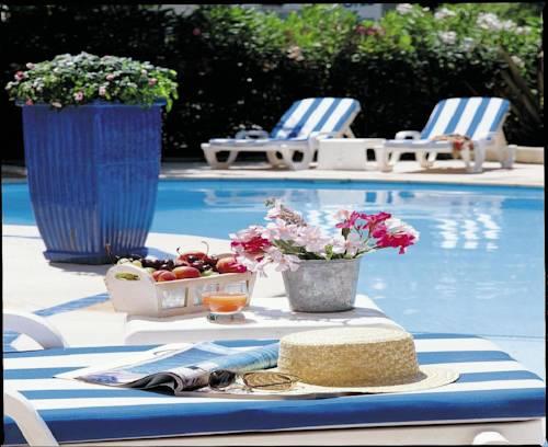Hôtel Les Rives Bleues : Hotel near La Grande-Motte