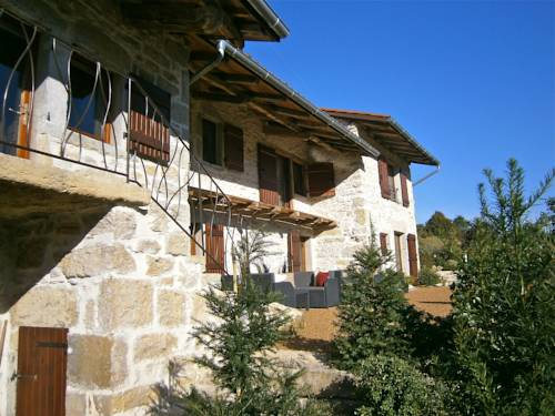 Maisons Nomades : Guest accommodation near Nivollet-Montgriffon