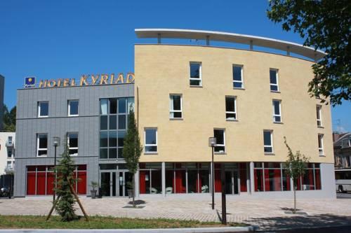 Kyriad Charleville Mezieres : Hotel near Bogny-sur-Meuse
