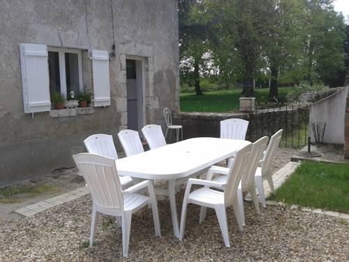 Clos de Bel Air : Guest accommodation near Mareau-aux-Prés