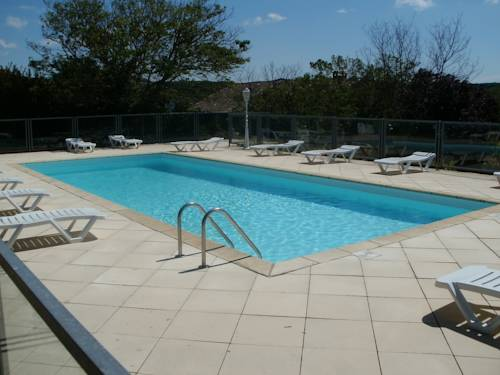 Camping les Silhols : Guest accommodation near Lagorce