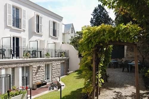 Hôtel Marie Louise : Hotel near Ermont
