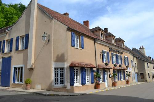 L'auberge Des Sources : Hotel near Clamecy
