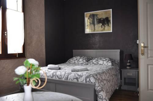 Chambres d'Hôtes L'Alezan : Bed and Breakfast near Saint-Witz