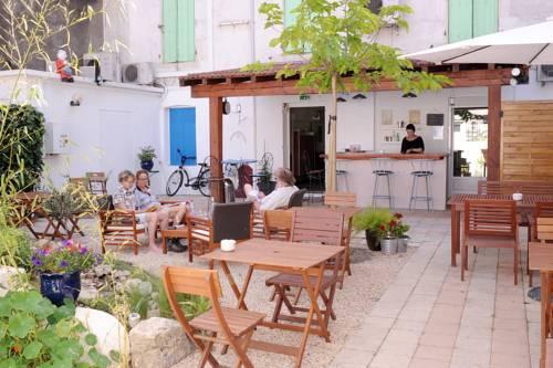 Hotel Durand : Hotel near Gard