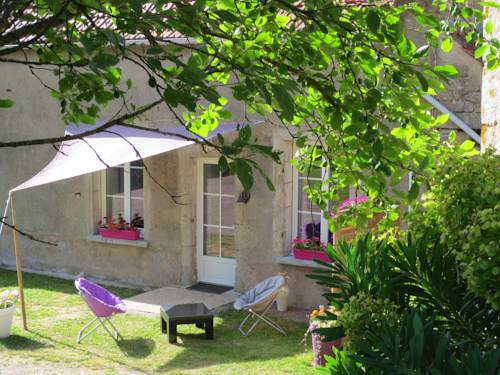 Domaine de Montmorillon : Guest accommodation near Anthien